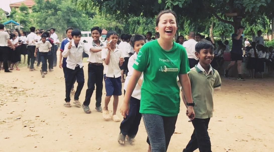 カンボジアでチャイルドケア&地域奉仕活動 池谷麻菜